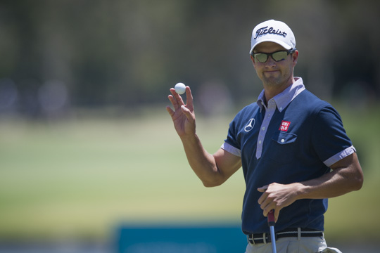 Scott leads by three at Australian PGA