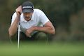 New putter gives Ogilvy Masters lead