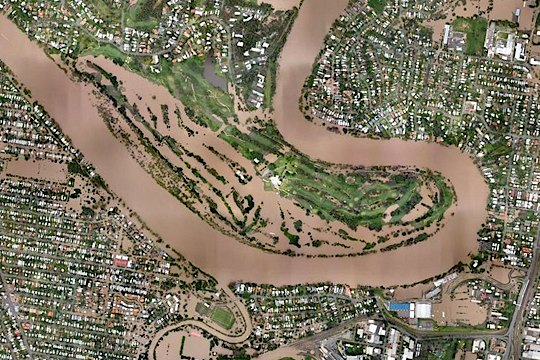 Million dollar flood hits Indooroopilly (Credit: www.nearmap.com)