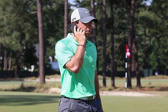 PGA, European Tours relax mobile phone use