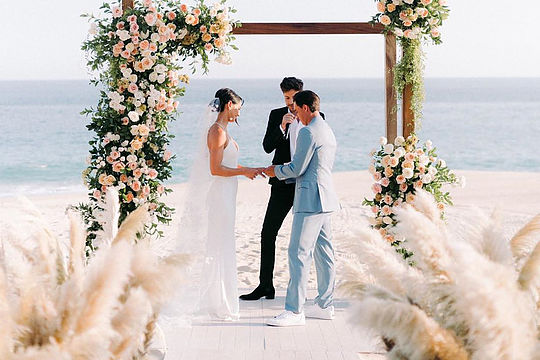 Rickie Fowler ties the knot with Allison Stokke