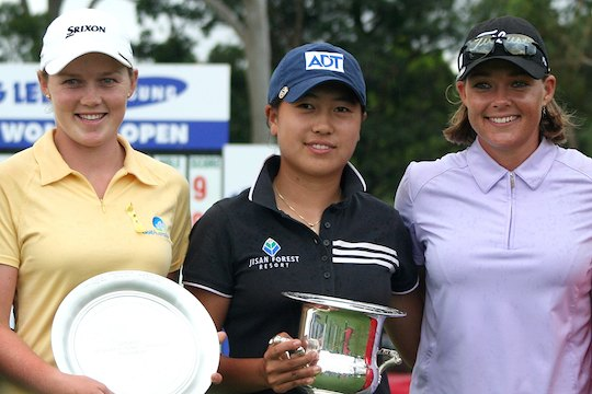 L-R: Stacey Keating, Sarah Oh, Katherine Hull