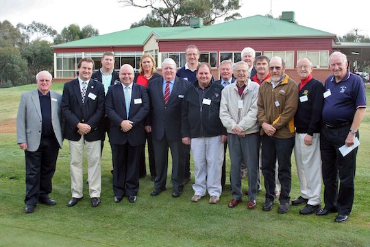 Victorian golf clubs unite after recent floods and bushfire damage